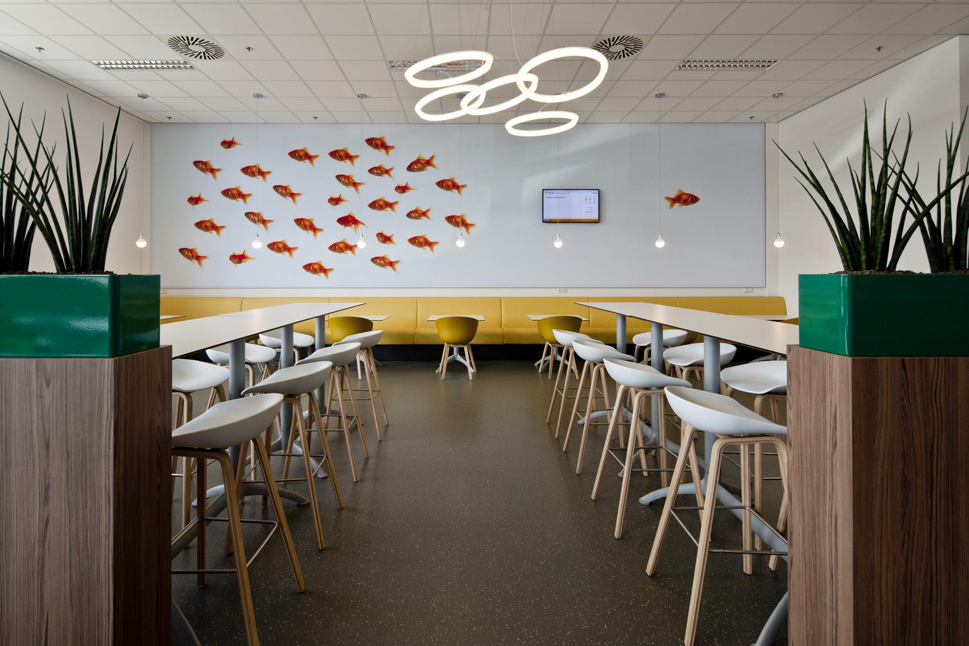 2210 restaurant